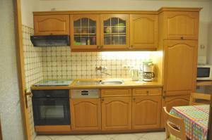 Küche/Küchenzeile in der Unterkunft Ferienwohnung Blaumeise