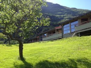 Bygningen som campingplassen ligger i