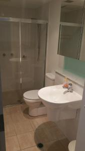 A bathroom at Iluka Retreat Apartments @ Palm Beach