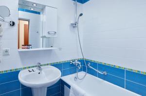 A bathroom at Bega Hotel Moscow