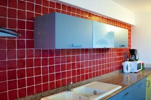 A bathroom at Résidence Posidonie
