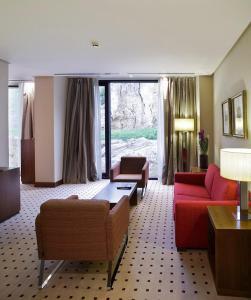 A seating area at Gran Hotel Las Caldas Wellness Clinic