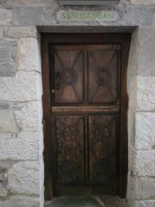 Fachada o entrada de Apartamentos Rurales El Lleron