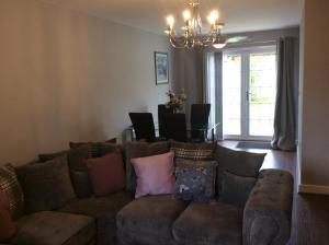A seating area at Villa Belle Three bedroom Basildon