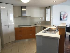 A kitchen or kitchenette at Trilogy Surfers Paradise