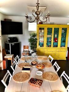 Un restaurante o sitio para comer en Acougo, tu casa en el Camino de Santiago