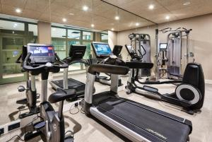 The fitness center and/or fitness facilities at Catalonia Santa Justa