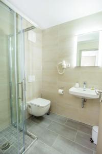 Ein Badezimmer in der Unterkunft Hotel Filderhof Reutlingen
