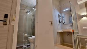 Hotel Pullman Lifeにあるバスルーム