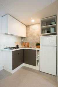 Kuchnia lub aneks kuchenny w obiekcie Holiday Centre Bi village