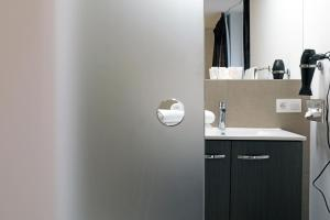A bathroom at Luxury Suite Koksijde 402 Adult only