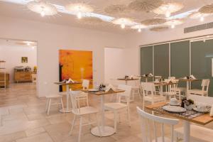 Ресторан / где поесть в Vienoula's Garden Hotel