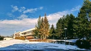 Hotel Harmonie during the winter