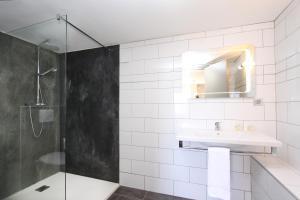 A bathroom at Paese di Lava, Grand Ajaccio