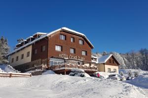 Hotel České Žleby v zimě