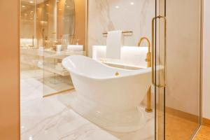 A bathroom at Savoy Palace - The Leading Hotels of the World - Savoy Signature