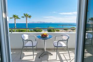 A balcony or terrace at Kos Hotel Junior Suites