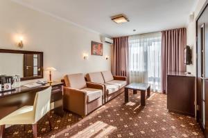 Зона вітальні в BRATISLAVA Hotel Complex