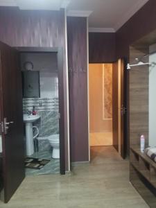 A bathroom at Guest House Nice