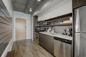 A kitchen or kitchenette at Mint House Downtown Denver