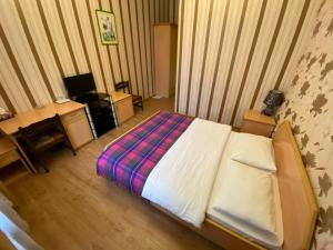 Old Yard Hotelにあるベッド
