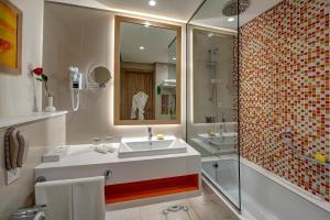 A bathroom at Al Khoory Atrium