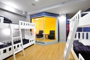 Litera o literas de una habitación en Khaosan World Asakusa Ryokan & Hostel