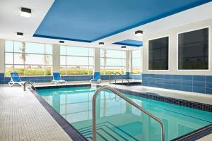 The swimming pool at or near Four Points by Sheraton Edmonton International Airport