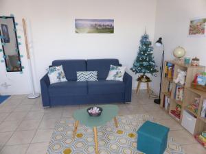A seating area at Drissia&Othman Bella Vista