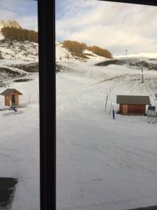 L'établissement Hôtel Restaurant les 4 Saisons en hiver