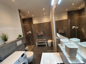 Ein Badezimmer in der Unterkunft Altstadtherz
