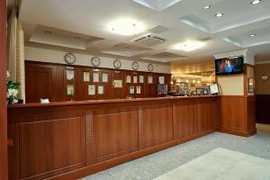 Лобби или стойка регистрации в Бизнес Отель