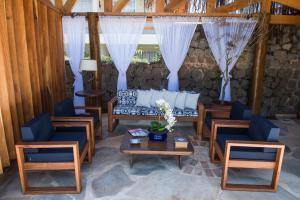 A seating area at Pousada Tamara