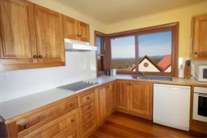 A kitchen or kitchenette at Wandin Valley Estate