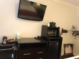 A television and/or entertainment center at Seaside Inn