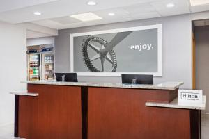 The lobby or reception area at Hampton Inn & Suites Orlando International Drive North