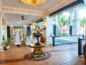 Лобби или стойка регистрации в Sari Pacifica Resort & Spa, Redang