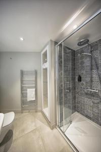 A bathroom at The Swan Inn