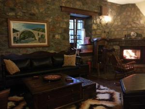 Χώρος καθιστικού στο Ξενώνας Αγκωνάρι