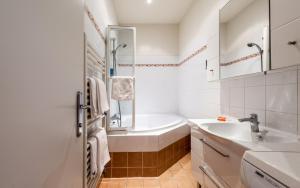 Ein Badezimmer in der Unterkunft Central Apartments Vienna - CAV