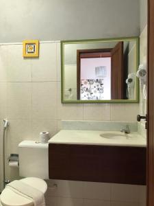 A bathroom at Pousada Morena