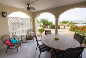 A balcony or terrace at Seascape Port Bonaire 301