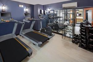 The fitness center and/or fitness facilities at Hotel Indigo Boston Garden