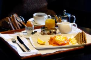 Breakfast options available to guests at Best Western Garfield House Hotel
