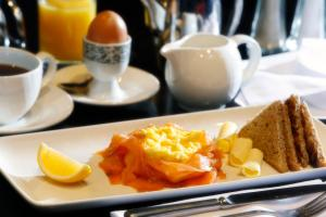 Breakfast options available to guests at Best Western Motherwell Centre Moorings Hotel