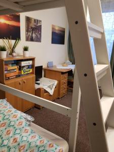 Telewizja i/lub zestaw kina domowego w obiekcie Emilka Apartment