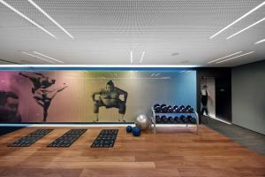 The fitness center and/or fitness facilities at Mandarin Oriental Barcelona