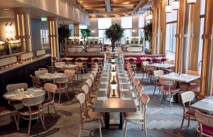 A restaurant or other place to eat at Hart Shoreditch Hotel London, Curio Collection by Hilton