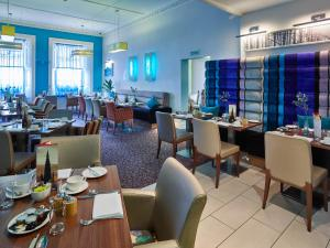 A restaurant or other place to eat at Hotel Indigo Edinburgh