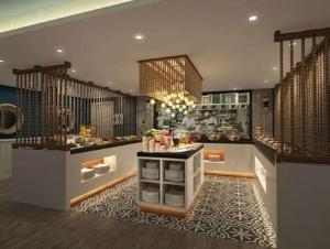 A restaurant or other place to eat at Hotel EnglishPoint & Spa